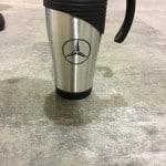 כוס קפה עם מיתוג לרכב
