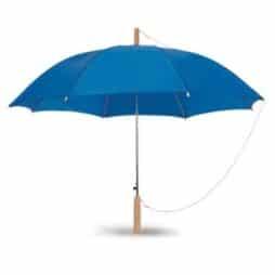 מטריה עם לוגו